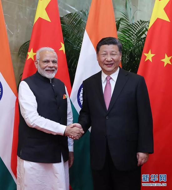2018年4月27日,习近平在武汉会见来华进行非正式会晤的莫迪
