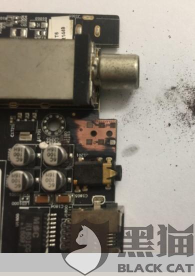 黑猫投诉:电视机主机插座设计问题,导致连续