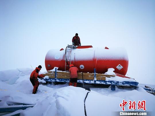吉林大学极地钻探装备成功钻取南极冰下基岩