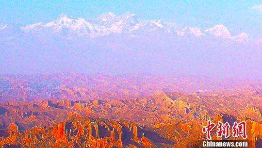 新疆阿克苏打造体育+旅游特色活动 开创旅游发展新局面