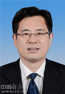 中共海南省委决定:何忠友任海口市委书记(图)