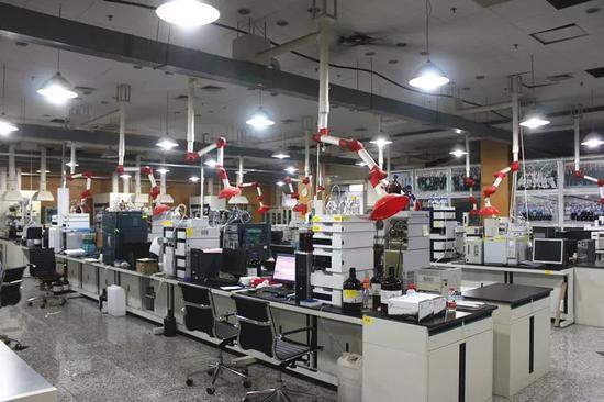 中国国家毒品实验室工作平台。李涛摄。