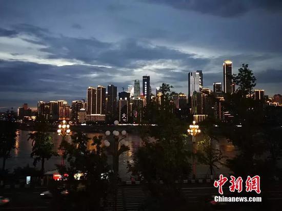 重庆夜景。来源:受访者供图