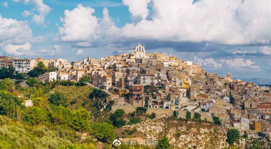 西西里岛的美丽传说?一套房售价一欧元(图)