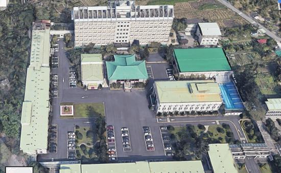 """部署在台北的""""国防部军事情报局""""被立体还原,建筑细节与穿堂走廊一目了然。 图丨联合报"""