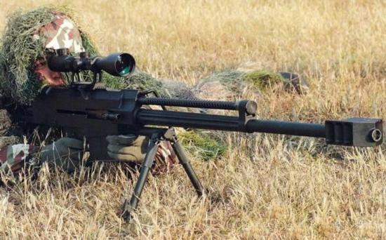 图为中国陆军装备的狙击步枪