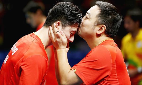 刘国梁:足球篮球我们没话语权 乒乓球要有主导权