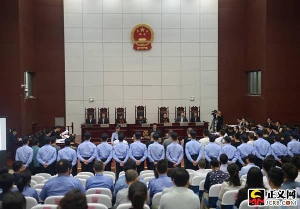 安徽省天长市首例涉黑案件开庭 检察长出庭支持公诉