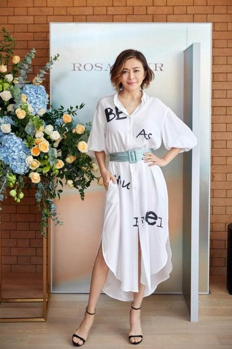 关之琳再创业的时尚品牌在沪首秀
