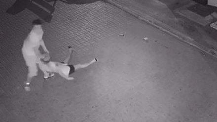 (紫牛新闻)女子半夜遭殴打视频