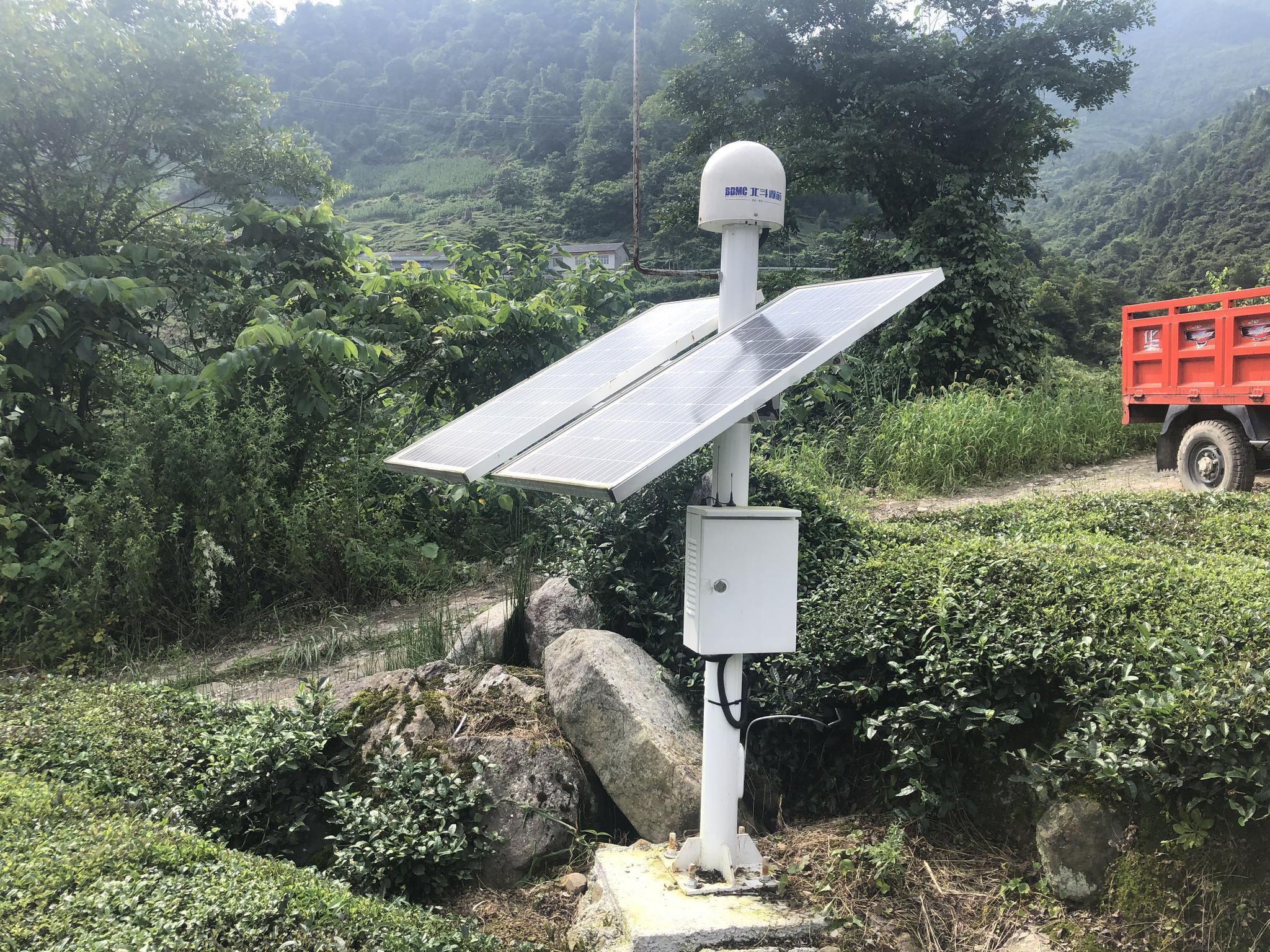 雷家山发生滑坡 北斗监测系统3次预警 村民提前撤离
