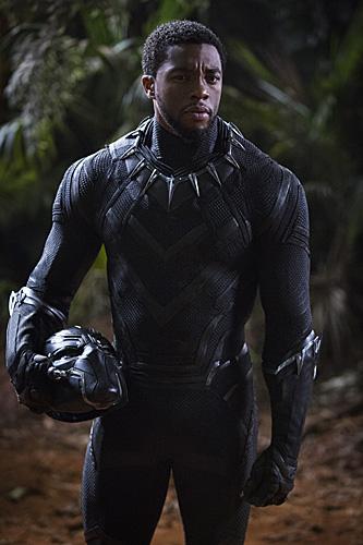 《黑豹》未来感十足,电影的服装设计广受好评。(资料图)