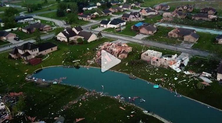 ▲房屋被毁坏(图源:CNN)