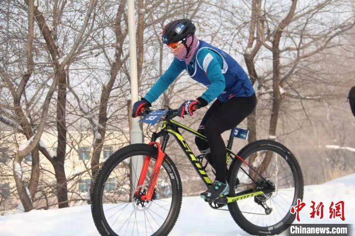 冬季铁人三项世界杯赛在哈尔滨举行 系亚洲首次