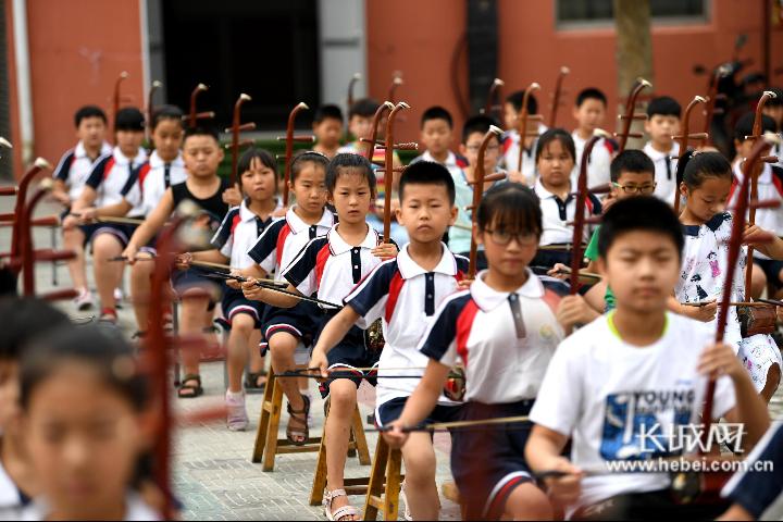饶阳县出台14项措施 推动民族乐器产业跨越升级