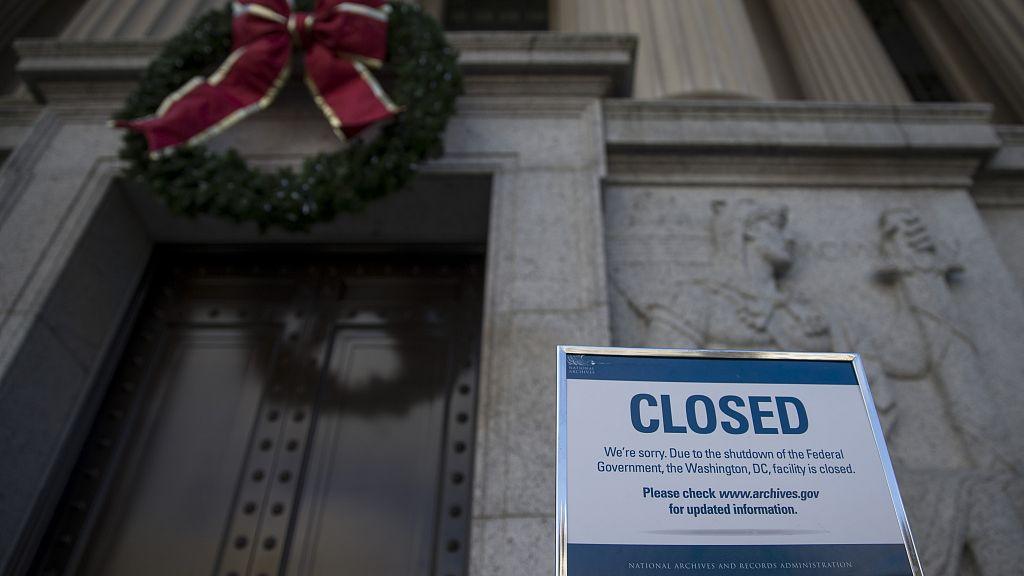 ▲当地时间2018年12月22日,美国华盛顿,国家档案馆受政府关门影响关闭。 图/视觉中国
