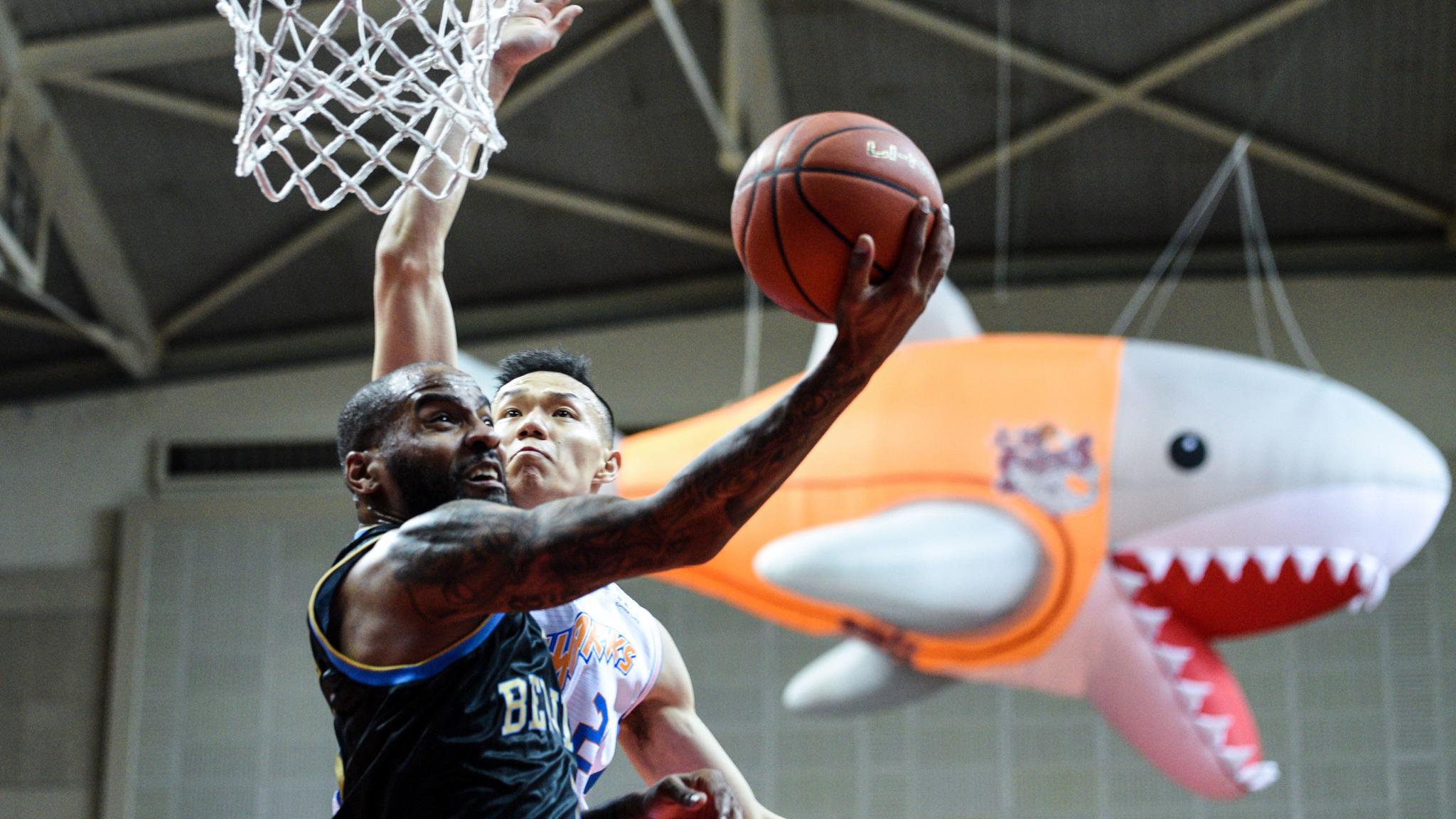 团队篮球碰撞,明星球成京深胜负手