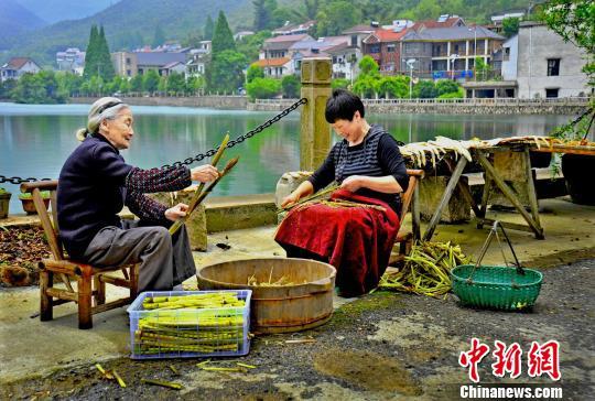 """近观浙江安吉""""乡村三变"""":""""村美、民富、人心和"""""""