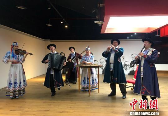 重庆・明斯克州文化旅游日开幕 双方将以文化交流促进经贸合作