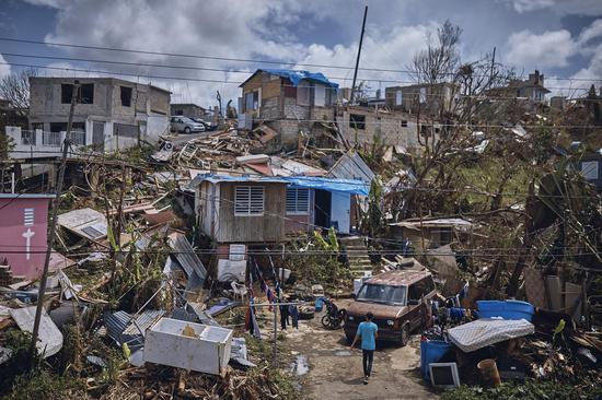 波多黎各灾区一角(图片来源:时代周刊)