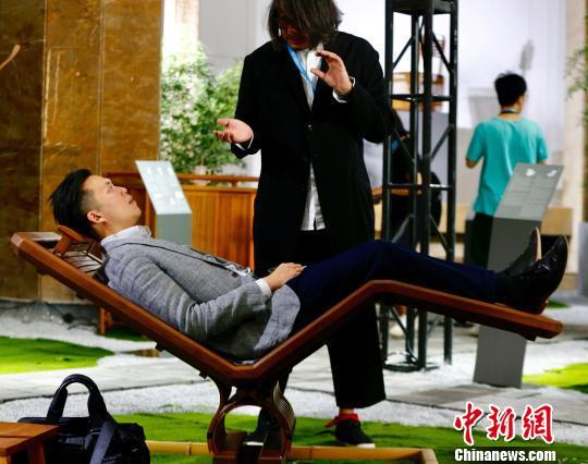 传统文化融合创新设计 多款新颖作品亮相北京国际设计周