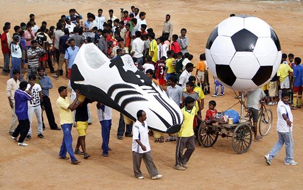 豪言赶超中国,世界排万博体育平台名大幅提升……印度足球