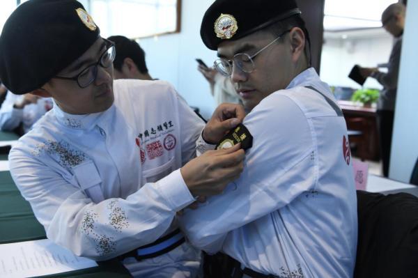 中国志愿医生救援队亮相,发起人期待更多医生加入志愿服务