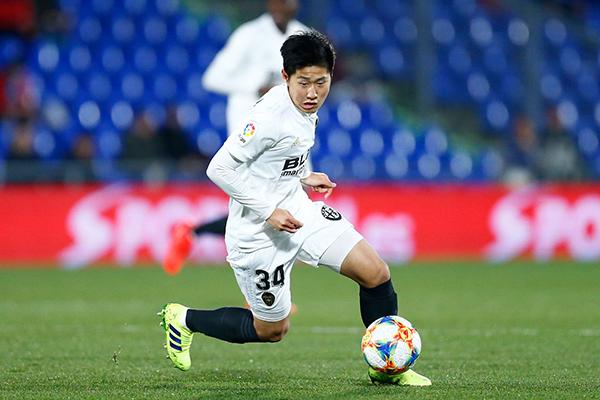 """韩国新星让中国球迷""""眼红"""",人家18岁就踢西甲和欧联杯了"""