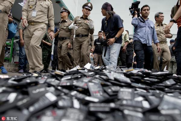 2018年6月21日,泰国警方清查非法废电池