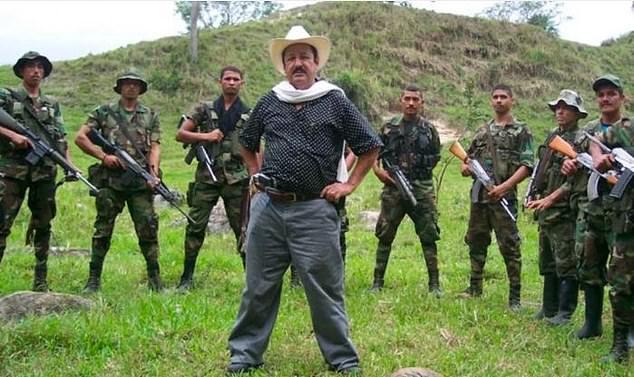塞尔纳曾担任哥伦比亚联合自卫队的领导人(图源:每日邮报)
