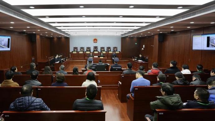 人工智能首次参与上海法院庭审: