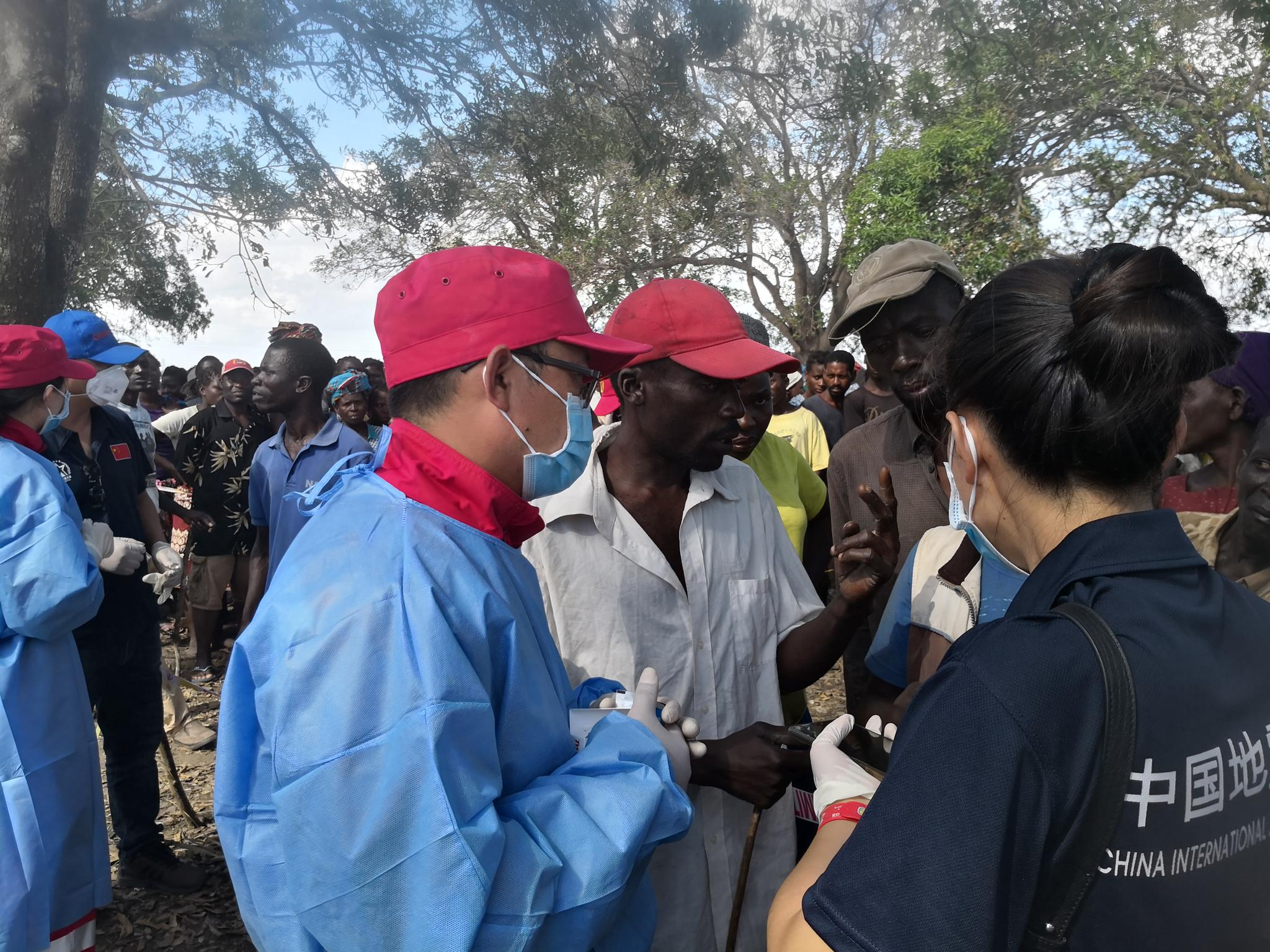中国救援队在莫桑比克诊治灾民超千人