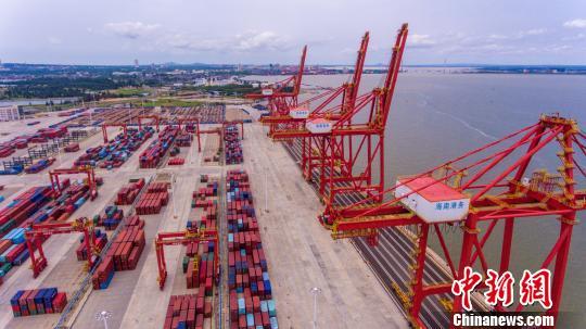 今年前两个月海南外贸进出口成倍增长
