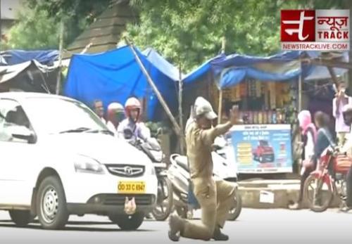 """边""""跳舞""""边指挥交通? 印度交警独特创意走红(图)"""