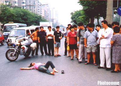 梦见亲人出车祸撞了人