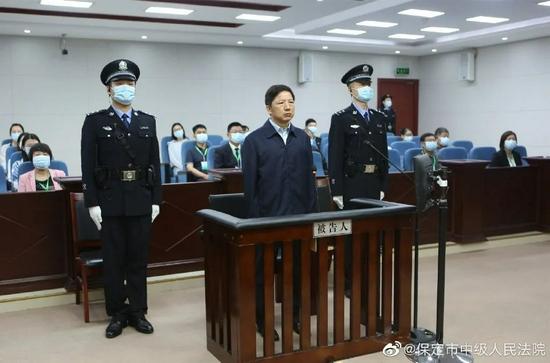 邓恢林被控受贿4267万,从副处贪到副部