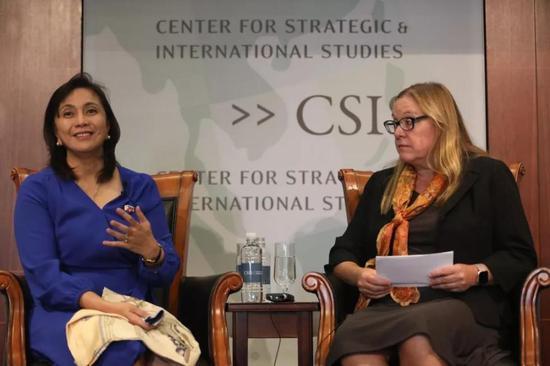 在华盛顿国际与计谋研究中心参加讨论的林丽妮