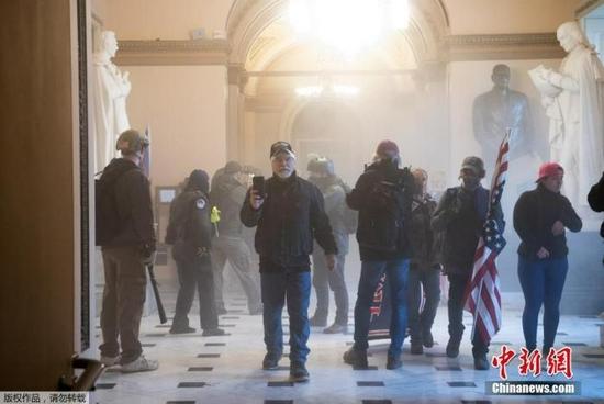 特朗普支持者又要集会 美国会警察高度戒备防骚乱重演