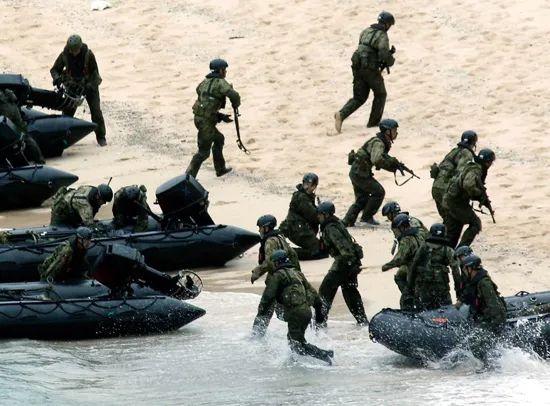 补壹刀:日本,这是准备和中国大打一仗?