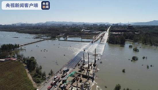 河北平山县载51人通勤班车涉水倾覆事故最新进展:3人死亡、11人失联