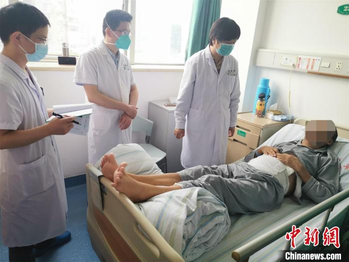 尿毒症患者感染新冠肺炎 治愈后接受肾移植获新生
