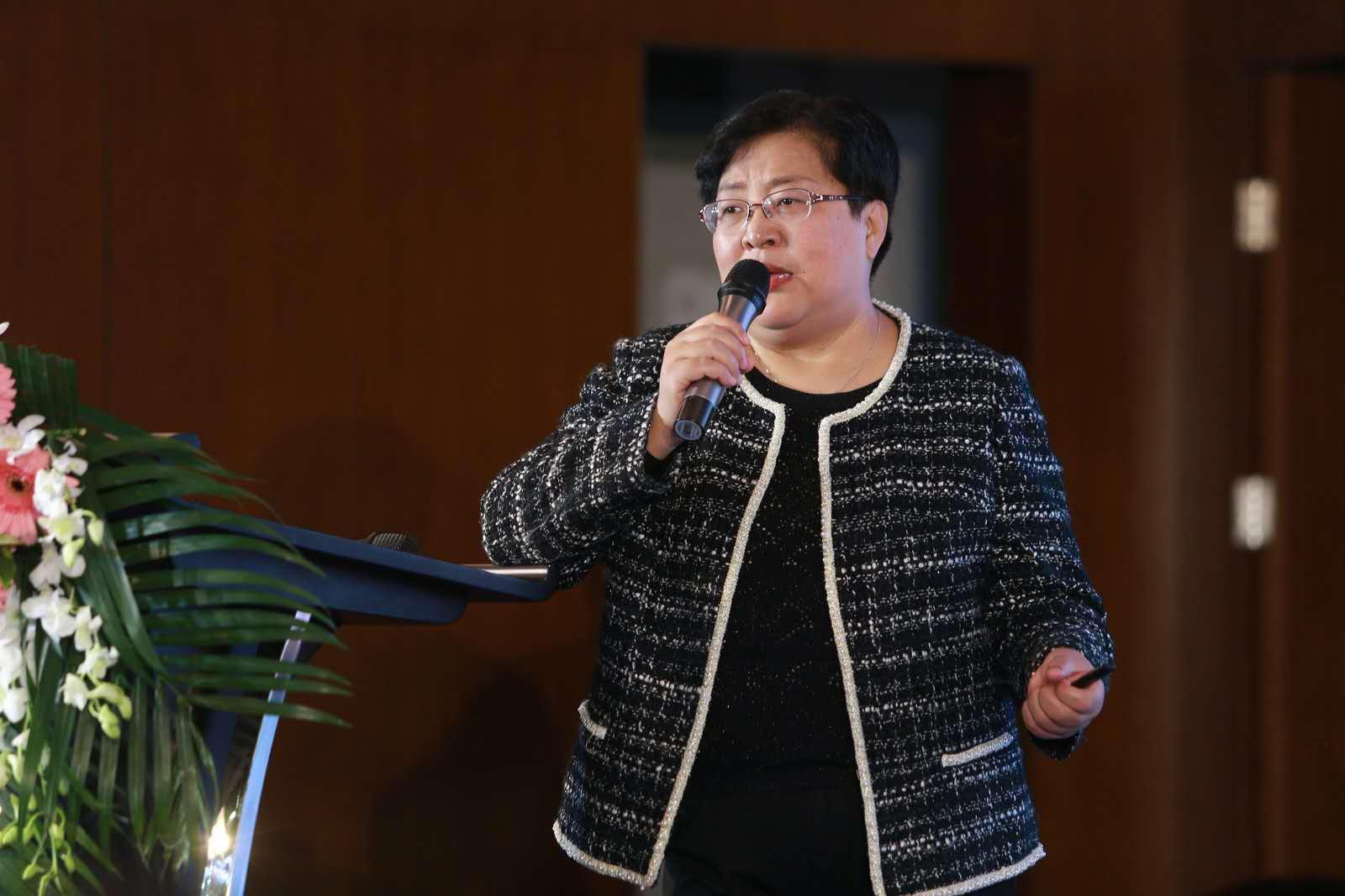 代表:建议将收买被拐妇女新发案件纳入地方政府考核