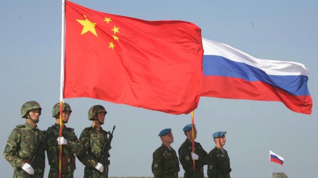 胡锡进:说俄罗斯向中国捅刀的文章,都是中文的