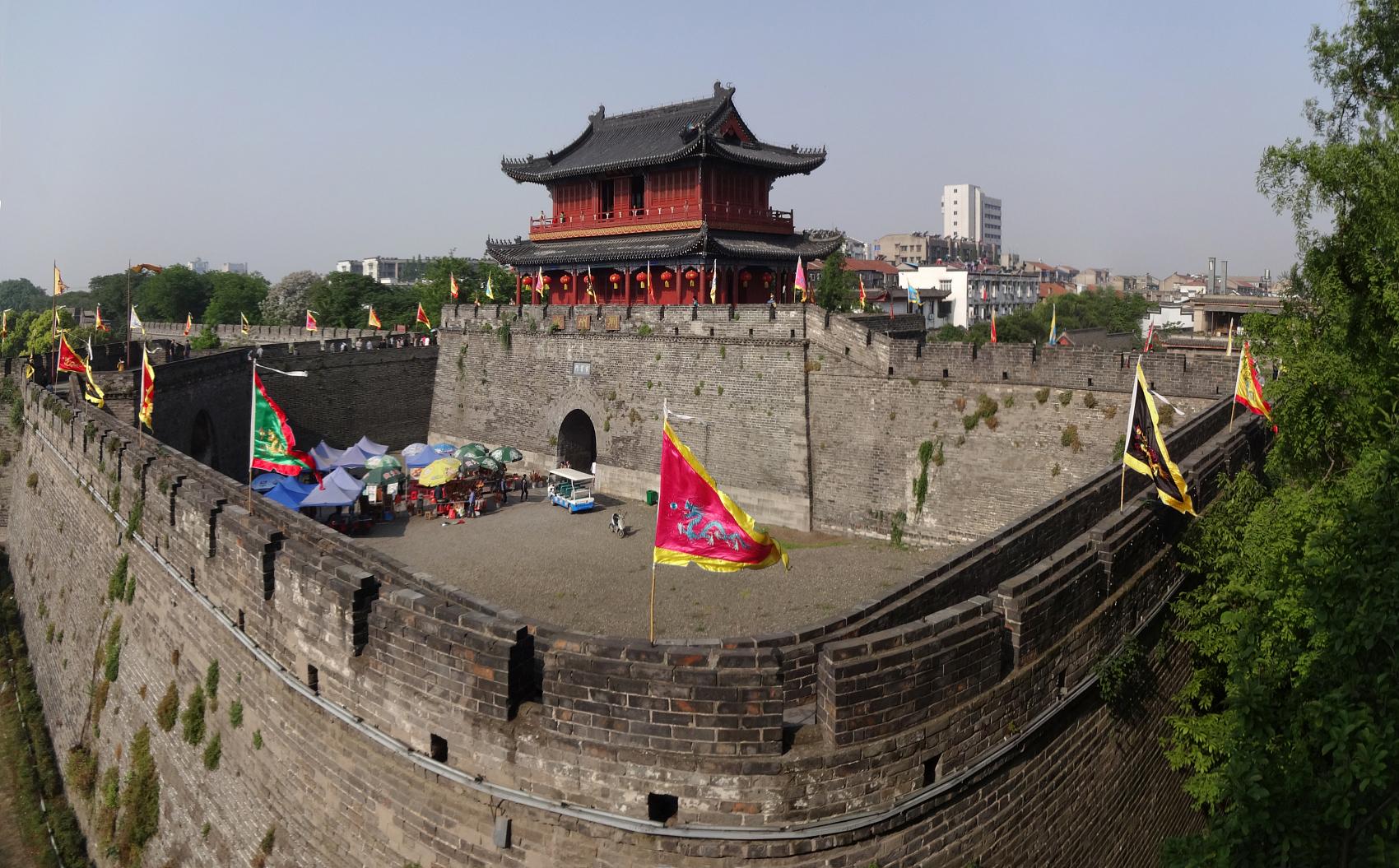 """""""关公""""搬走了,荆州的古城故事怎么讲?"""