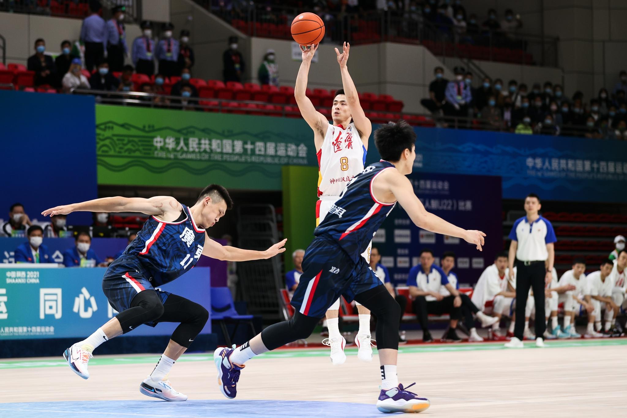 郭艾伦33分!辽宁击败广东,卫冕全运会男篮金牌