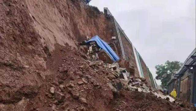 暴雨后的山西古建:晋祠漏水、古墙局部坍塌……