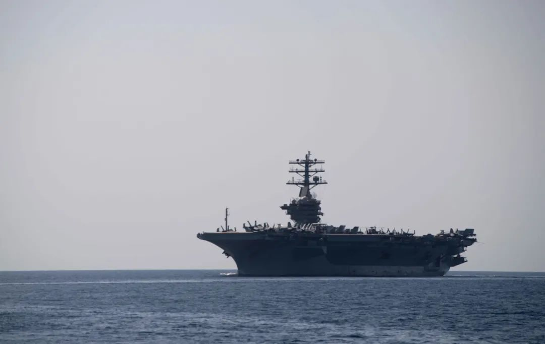 """""""中美海军军力旗鼓相当""""这种捧杀 还是免开尊口吧"""