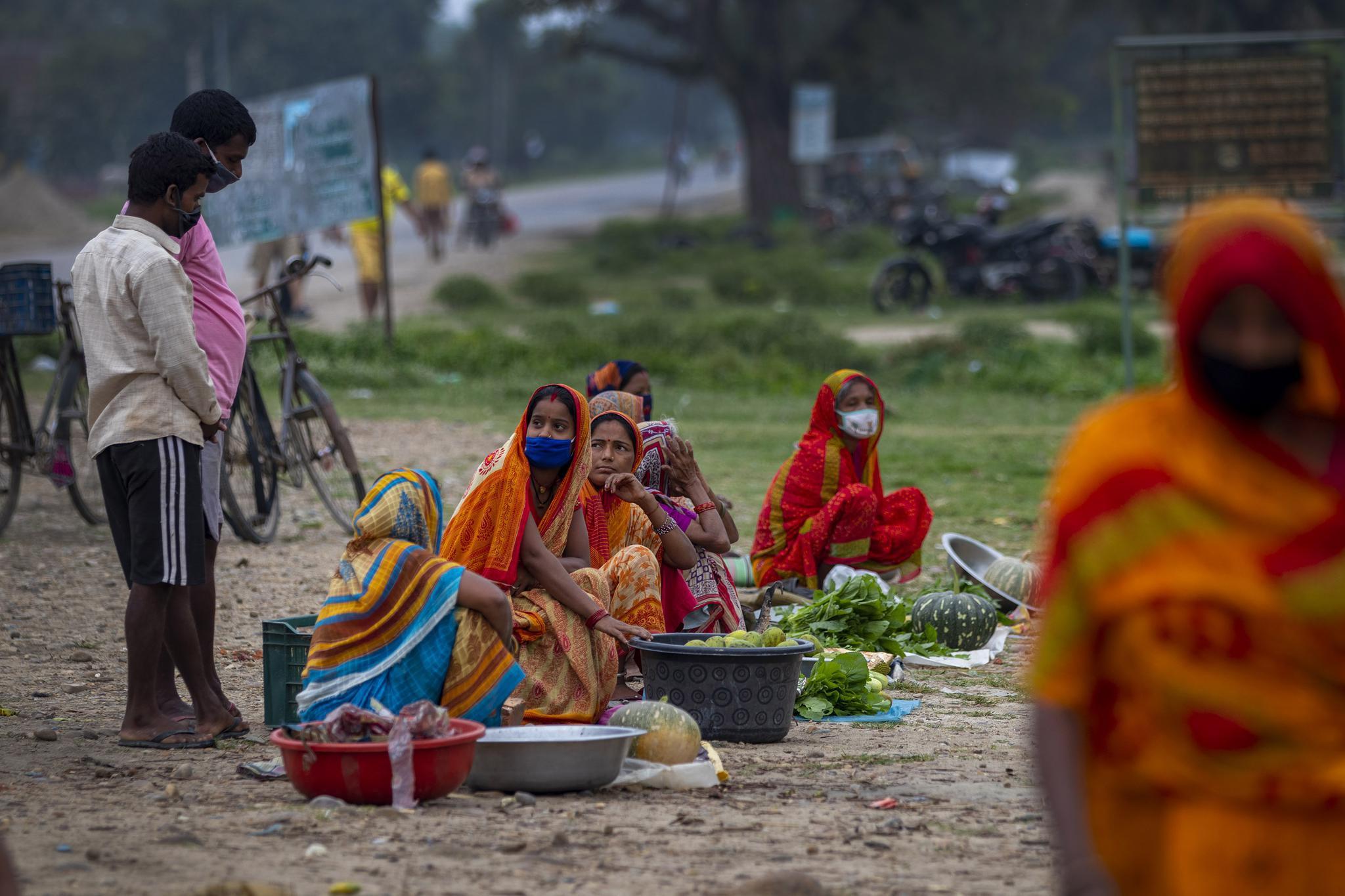 尼泊尔新增1459例新冠肺炎确诊病例 累计56788例
