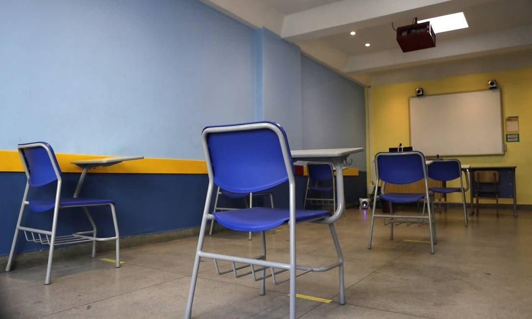 巴西法院五天三改 里约学校再次被禁止线下授课