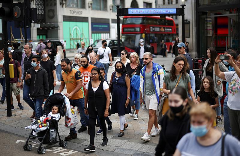 英国新冠疫情持续恶化 英格兰地区青少年病例激增